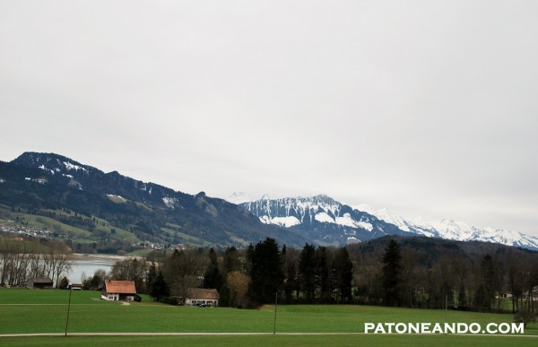 Gruyeres, suiza -Patoneando (5)