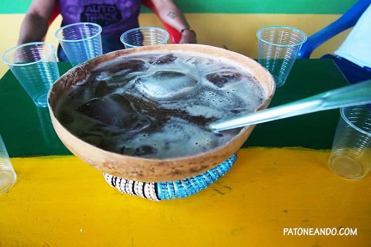 Guarapo de piña con cerveza