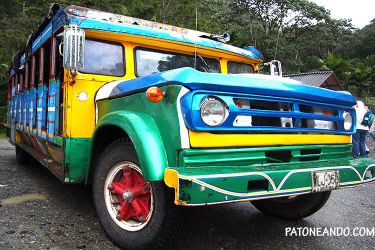 eje cafetero - chiva colombiana - Patoneando blog de viajes