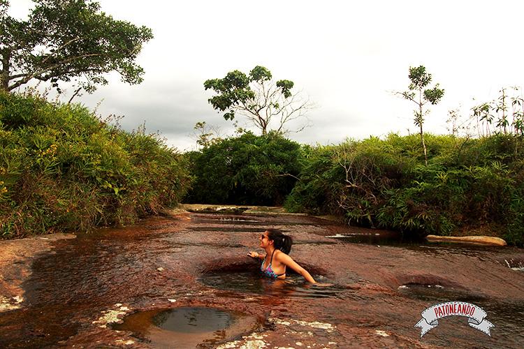 viajar por Colombia -quebrada-las-Gachas-de-Guadalupe-Santander-Colombia-Patoneando-blog-de-viajes-3.jpg