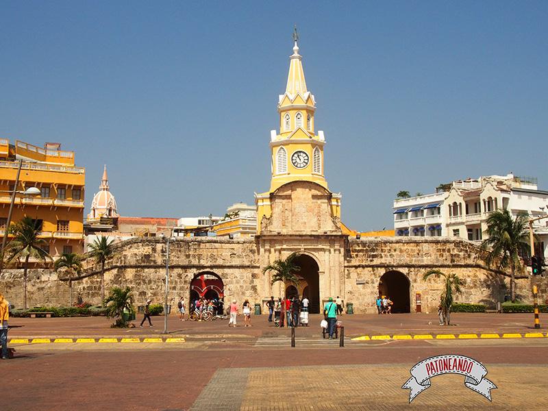 Cartagena - Colombia-torre del reloj - Patoneando Blog de viajes.jpg
