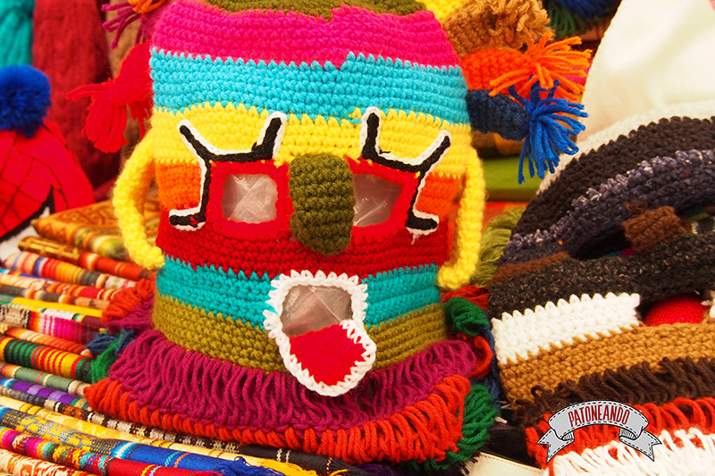 mercado de otavalo-ecuador- diablo huma-Patoneando-blog-de-viajes-8.jpg