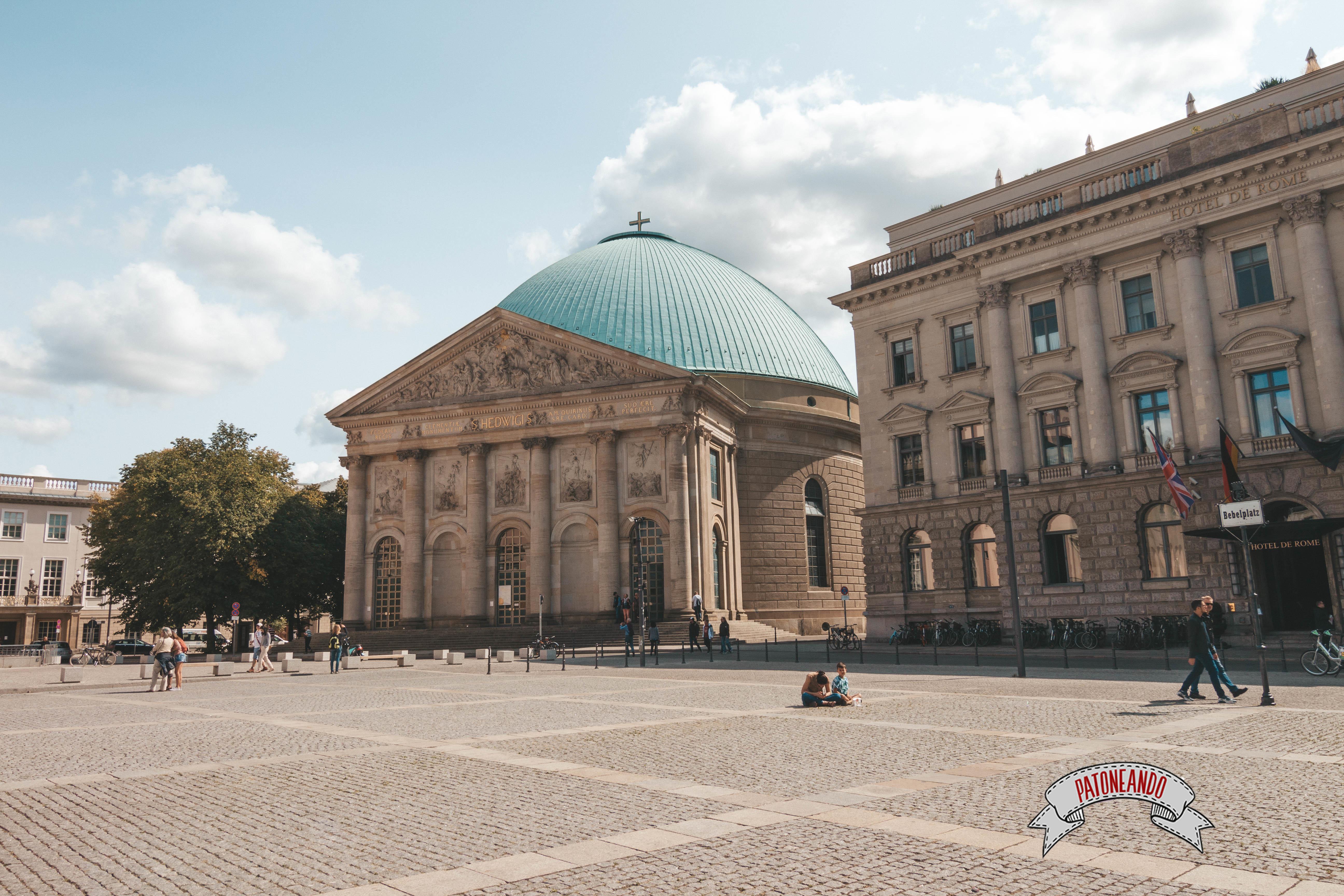 que ver y que hacer en Berlín -Bebel platz - Patoneando blog de viajes (6)